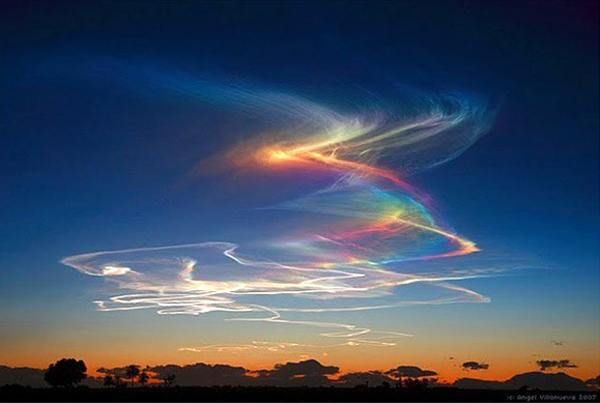 Fenomenos atmosféricos más extraños Firerainbow2