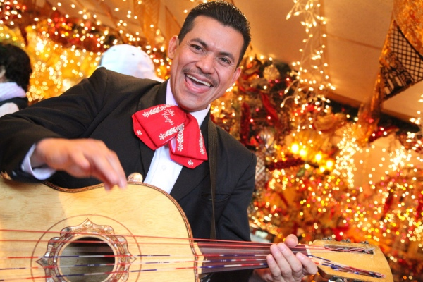 La alegría de México se lleva en la piel y en su música.